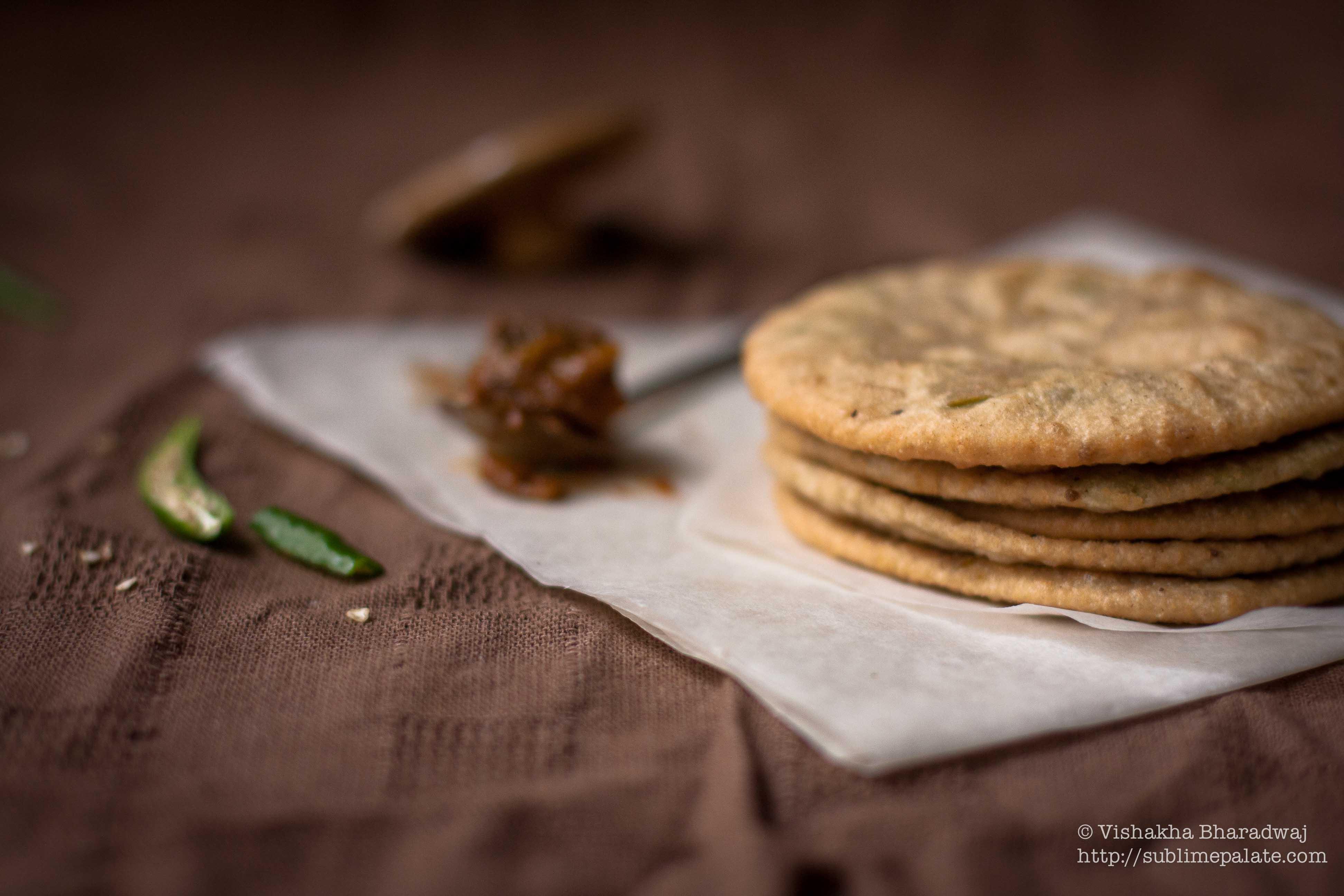 A Bengali Brunch: Koraishootir kochuri [Pooris stuffed with
