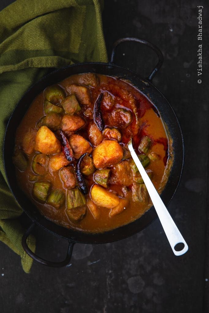 aaloo parval sabzi, Pointed gourd curry, bihari aaloo parval